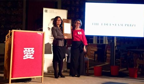 Yuan Weijing (L), wife of exiled human rights activist Chen Guangcheng, accepts the Edelstam Prize on behalf of Li Wenzu, wife of disappeared human rights lawyer Wang Quanzhuan, in Stockholm, Sweden, Nov. 27, 2018. Photo courtesy of Yuan Weijing
