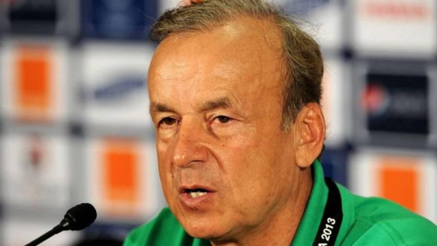 Nigeria coach Gernot Rohr signs new contract - AS.com