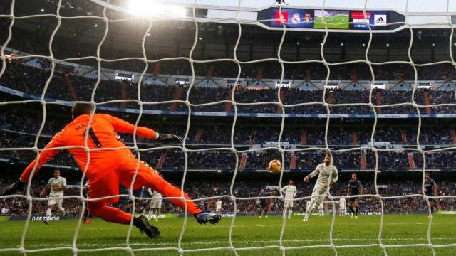 Sergio Ramos' success rate from the penalty spot is better than ...