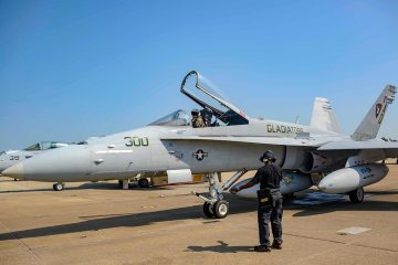 US Navy F-18C Hornet last flight