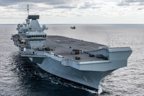 FIRST UK F-35 FIGHTER JETS LAND ONBOARD HMS QUEEN ELIZABETH