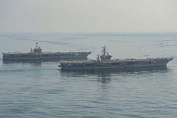 US Eisenhower and Truman aircraft carriers