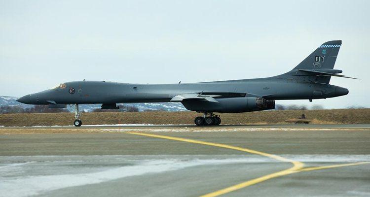 US B-1B Lancer