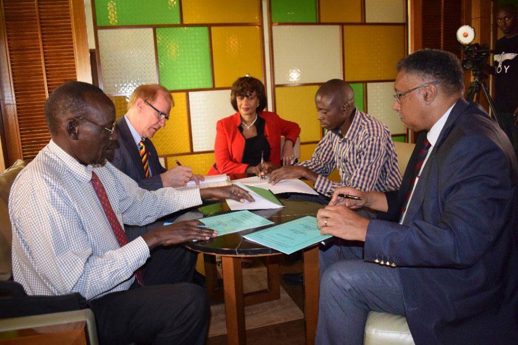 Påskrift av avsiktsförklaringen i Uganda i mars 2018