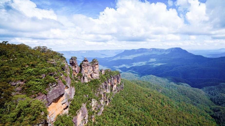 5 Reasons Why Blue Mountains Scenic World Is The Breathtaking Nature Spot To Visit