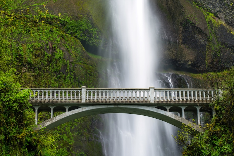 Great American Road Trips: Multnomah Falls on the Columbia River Highway