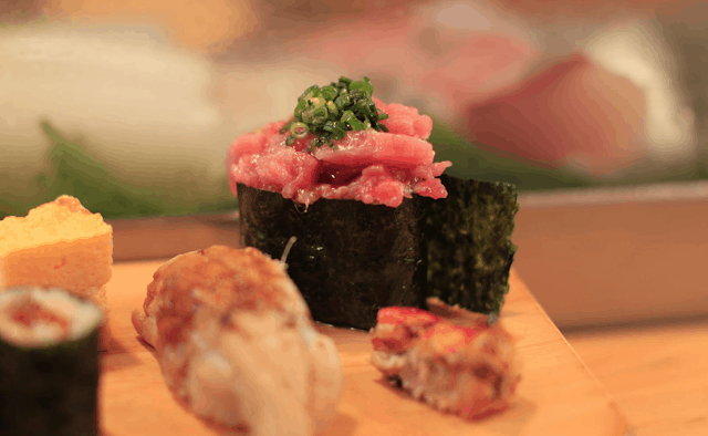 Indulge in an authentic experience of Japanese food by learning the right eating techniques