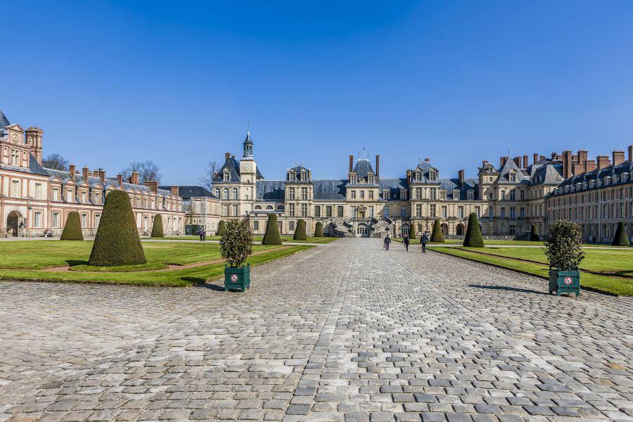 Paris Museums and Monuments: Château de Fontainebleau