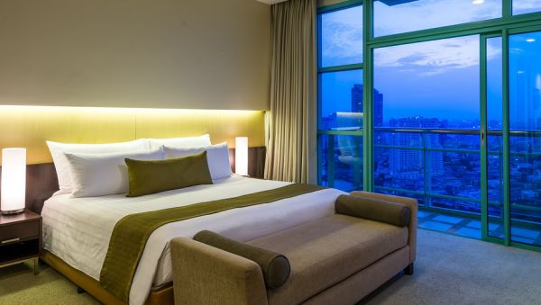 Chatrium Hotel Riverside: Best 5-Star Hotels in Bangkok for Nightlife
