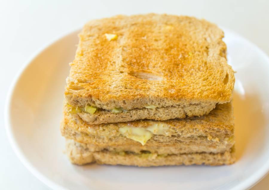 Bite into a creamylicious Kaya Toast (image via Shutterstock)