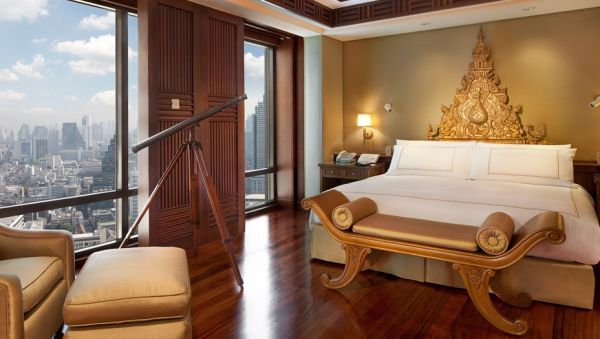 The Peninsula Bangkok: Best 5-Star Hotels in Bangkok for Nightlife