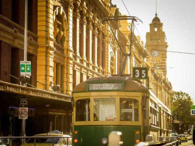 Travel Hacks: How to Get Around Melbourne on a Budget