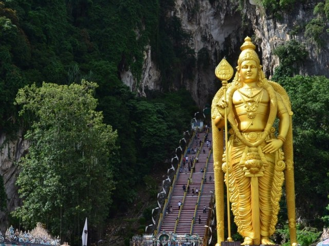 7 Best Places You Can't Miss in Kuala Lumpur