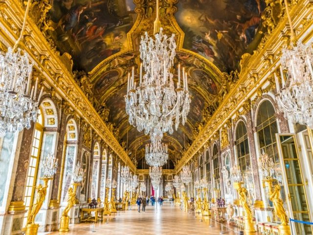 These Virtual Tours Of European Castles And Palaces Will Give You The Royal Treatment