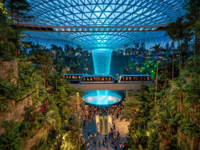 Discover Singapore's Newest Jewel In Changi Airport