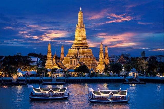 Chao Phraya River is filled with photo opportunities