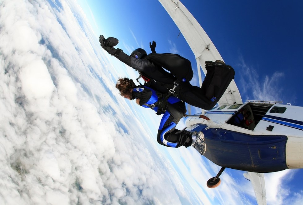 Great Barrier Reef Tour: Skydiving