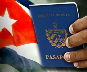 https://i1.wp.com/en.cubadebate.cu/files/2013/01/Pasaporte-Cubano-2.jpg