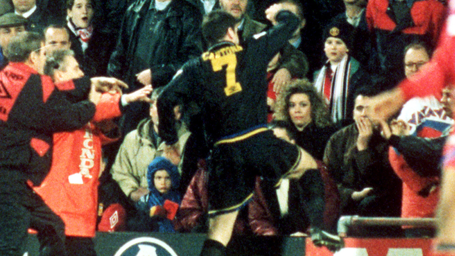 Cantona has spoken about that controversial moment 26 years ago. Rewind To 1995 When Manchester United S Eric Cantona Went Kung Fu Fighting At Crystal Palace Football Rewind To Espn Co Uk