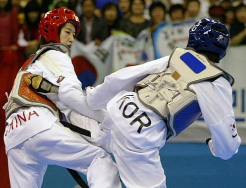 2011-05-05_(2360)x_PhotoWTF_Gyeongju_taekwondo_Day5_10