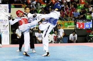 2012-04-08_(4494)x_WTF_World-Junior_mens-45kg