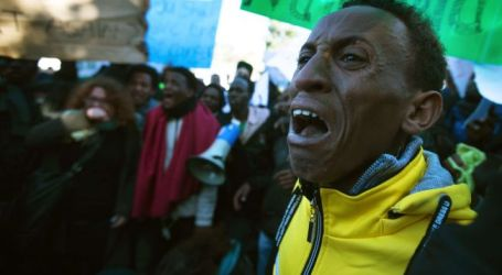 AFRICAN MIGRANTS PROTEST LIVING CONDITIONS IN ISRAEL