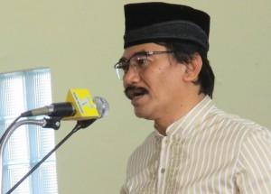 INDONESIAN SCHOLAR: MUSLIM DIVISION MAKE WORSE EVERYTHING