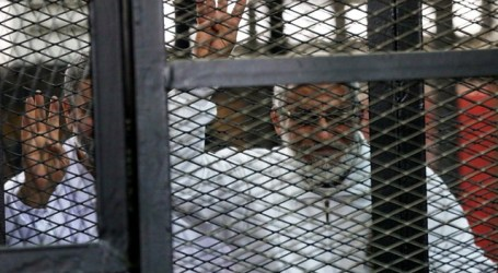 EGYPT SENTENCES 10 BROTHERHOOD LEADERS TO DEATH