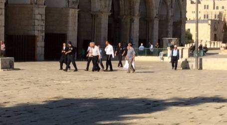 GLICK LEADS SETTLERS TO STORM AL-AQSA