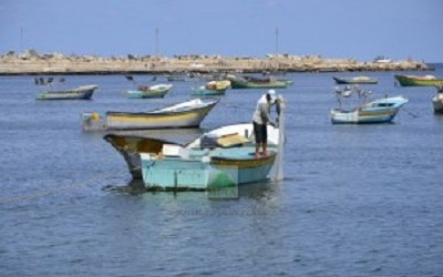 ISRAEL VIOLATES CEASEFIRE AGAIN BY CAPTURING FIVE GAZA FISHERMEN