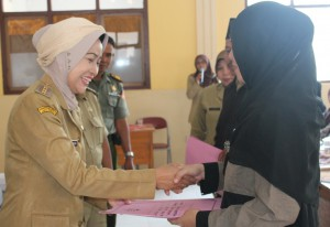 INDONESIA BREBES REGENCY BUDGETS FOUR BILION RUPIAHS FOR QORAN TEACHERS SALARIES
