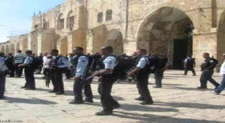 EGYPT MUSLIM BROTHERHOOD CONDEMNS ISRAELI RAIDS INTO AL-AQSA