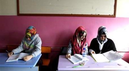 RISE OF TURKISH ISLAMIC SCHOOLING UPSETS SECULAR PARENTS