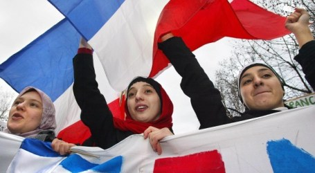 French Muslim Body Agree on Charter of Principles