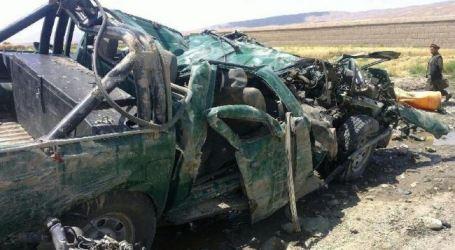 ROADSIDE BOMB KILLS 5 IN SOUTHERN AFGHANISTAN