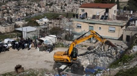 ISRAEL RAZES PALESTINIAN SHOPS IN E. JERUSALEM