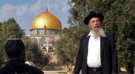 JEWISH FANATICS BREAK INTO AL-AQSA AMID GROWING TENSIONS