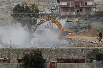 TWO WORKERS INJURED AS TUNNEL COLLAPSES ON GAZA-EGYPT BORDER