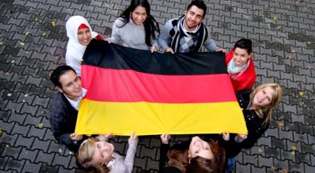 GERMAN LEADERS RALLY AGAINST ISLAMOPHOBIA