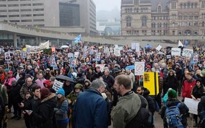 CANADIANS PROTEST AGAINST ANTI-TERROR LAWS