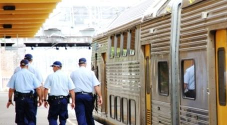 MUSLIM WOMAN SPEAKS OUT ABOUT ATTACK ON SYDNEY TRAIN
