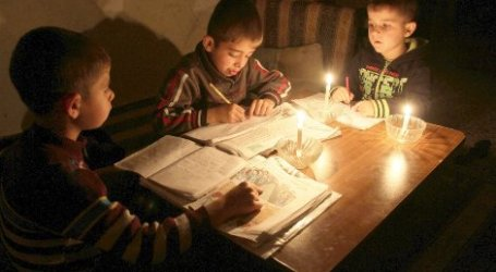 EGYPT RATIONS ELECTRICITY TO GAZA'S RAFAH