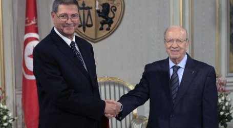 ESSEBSI URGES RECONCILIATION ON TUNISIA'S INDEPENDENCE DAY