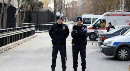 TURKEY DETAINS 'SYRIA-BOUND' BRITISH WOMAN