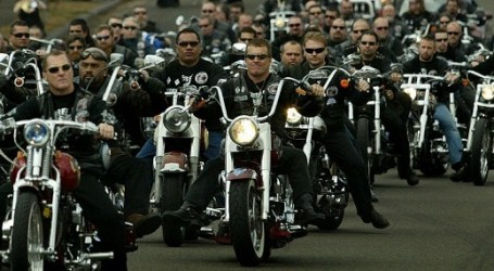 ARIZONA MUSLIMS TOLD TO IGNORE ARMED BIKERS