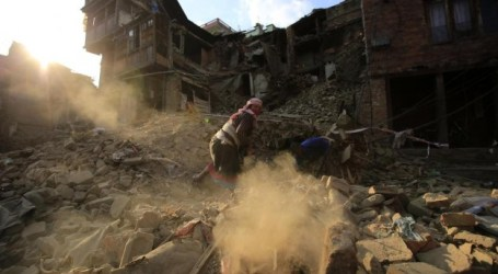 50 DEATHS IN SECOND MAJOR NEPAL QUAKE