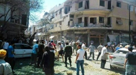 SYRIAN OPPOSITION LAUNCH MORTAR ATTACK ON DAMASCUS