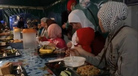CRIMEAN MUSLIMS MARK 2ND RAMADAN UNDER RUSSIA
