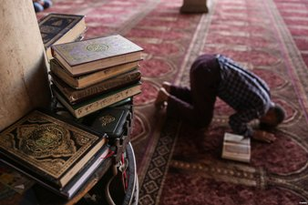 TUNISIAN IMAMS TO APPEAL GOVERNMENT MOVE TO CLOSE MOSQUES