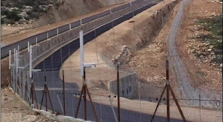 ISRAEL TO BUILD FENCE TO KEEP REFUGEES OUT